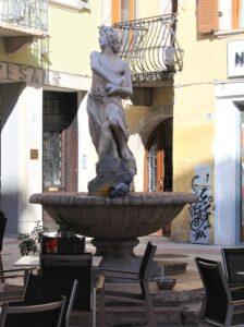 Fontana del Fauno Innamorato