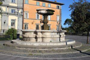 Fontana di Piazza IV Novembre
