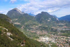 Montagne intorno a Riva del Garda