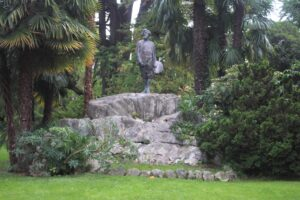 Monumento a Giovanni Segantini