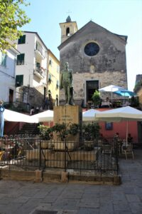 Monumento ai Caduti + Cappella dei Flagellati