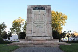 Monumento ai Caduti di Tutte le Guerre - retro