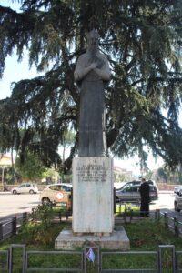 Statua di Cesare Baronio