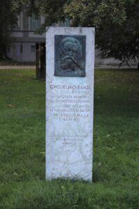 Stele per Guglielmo Ranzi