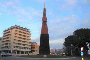 Obelisco Lancia di Luce