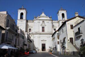 Chiesa di San Pietro Apostolo - vista frontale