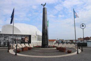 Monumento ai Caduti delle Due Guerre Mondiali