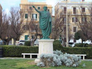 Statua di Nerone - dettaglio